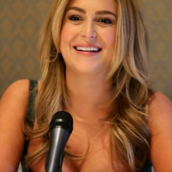 Alexa Vega big cleavage at Machete Kills conference