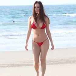 Amy Markham Bikini Oops