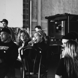 Beyoncé - Grammy 2014 Backstage