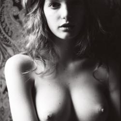 Clara Settje Topless