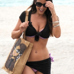 Claudia Romani black bikini for Mtv