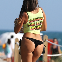 Claudia Romani Hot in Miami