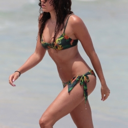 Eliza Doolittle Wears a Tropical Bikini