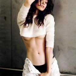Emmy Rossum Esquire Photoshot