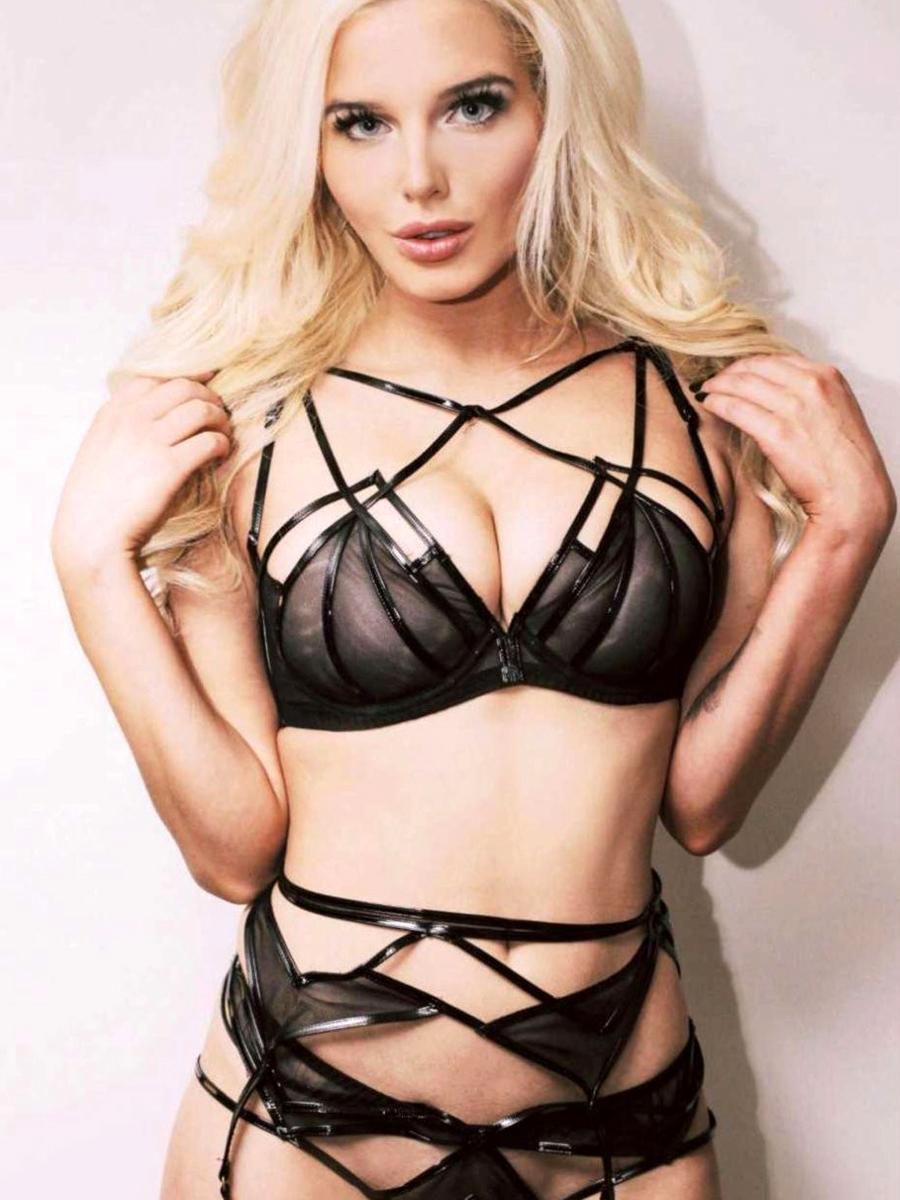 Denise richards bikini nude