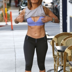 Jennifer Lopez Shows Off in Sports Bra