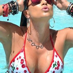 Jennifer Nicole Lee bikini poolside