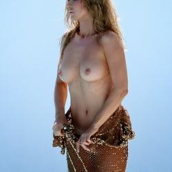 Joanna Krupa topless photoshots