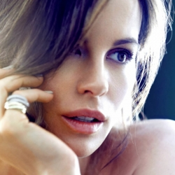 Kate Beckinsale in California Style Mag