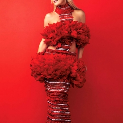 Kate Hudson on Harpers Bazaar