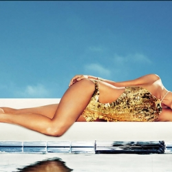 Kate Hudson on Harpers Bazaar