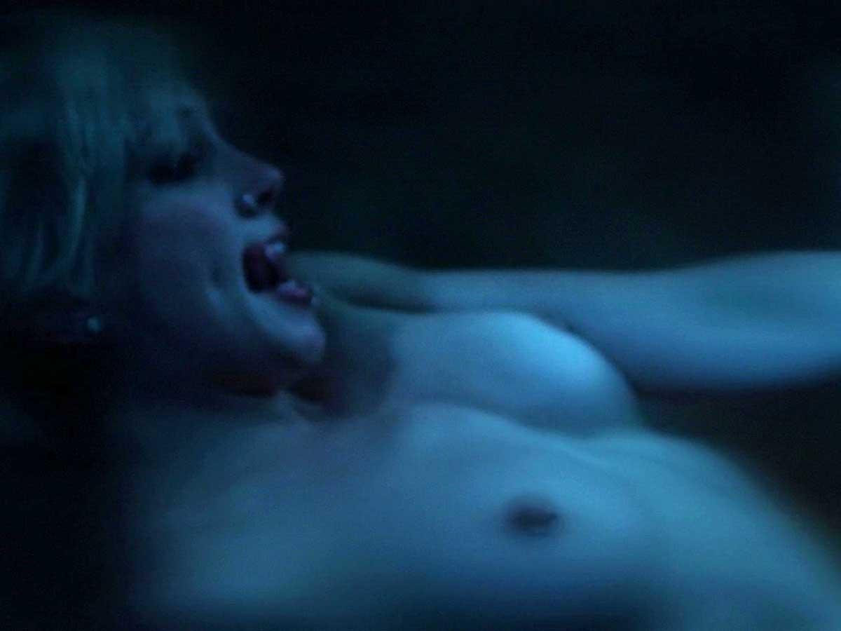 Alexandra daddario nude true detective s01e02 9