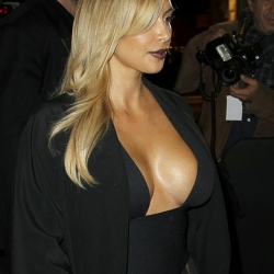 Kim Kardashian huge cleavage