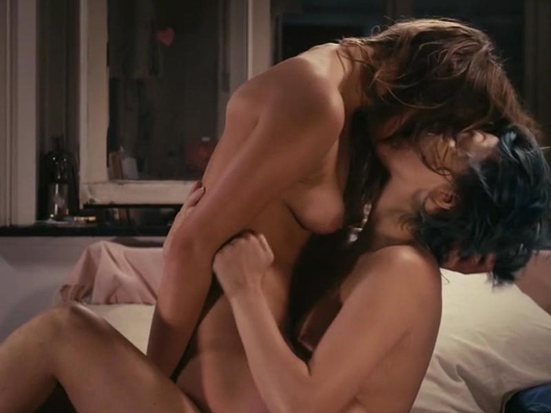 smotret-filmi-s-naturalnimi-stsenami-seksa