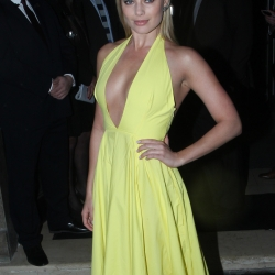 Margot Robbie Nipple Slip Wearing a Yellow Dress