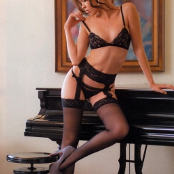 Michelle Lagonrod Topless in Lingerie for H Para Hombres