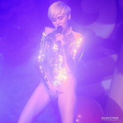 Miley Cyrus Gives an Oral Treat to a Blow Up Male Doll
