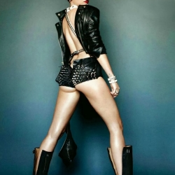 Miley Cyrus on GQ Italy