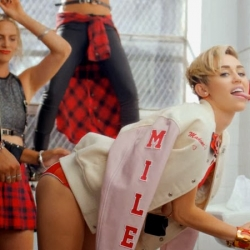 Miley Cyrus screencaps from 23