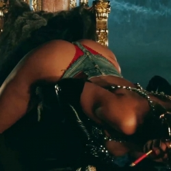 Rihanna Pour It Up screencaps