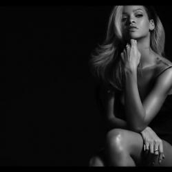 Rihanna Rogue Fragrance