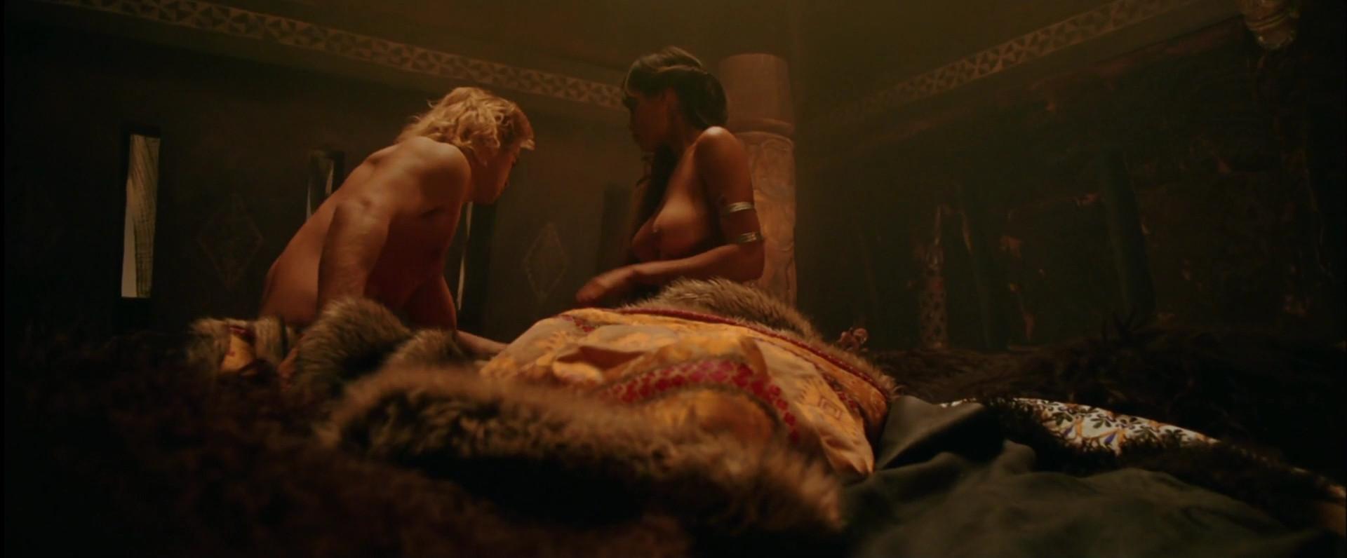 Alexander movie sex scene