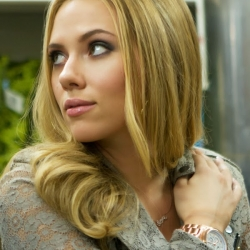 Scarlett Johansson hot in Don Jon movie