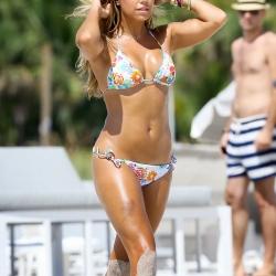 Sylvie Van der Vaart bikinis on miami