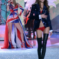 Taylor Swift leggy at VS fashion show