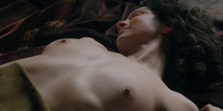 Caitriona Balfe & Nell Hudson Topless In Outlander