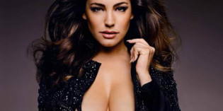 Kelly Brook 2015 Sexy Calendar