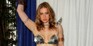 Maitland Ward as Red Sonja