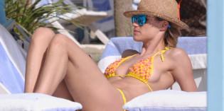 Michelle Hunziker Bikini Candids