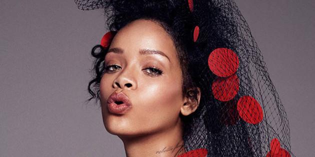 Rihanna Sexy in Elle Magazine