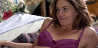 Ruth Wilson Topless in The Affair