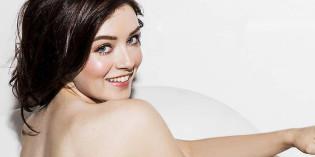 Sarah Bolger Topless