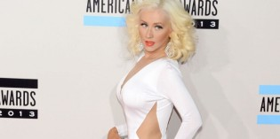 Christina Aguilera at AMA Awards 2013
