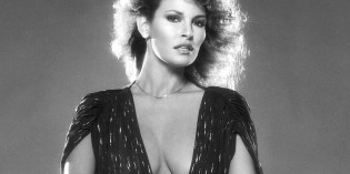 Raquel Welch cleavy 1978